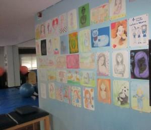 Exposición de dibujos infantiles en Vithas Salud Fisium