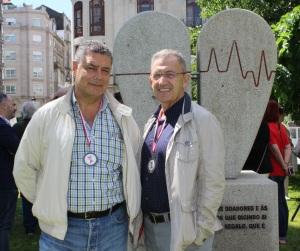 20160618 Antonio Varela y José Ramón Santamaría en el Monumento al Doante