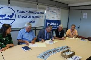 20160627 Vithas Galicia visita Banco de Alimentos B